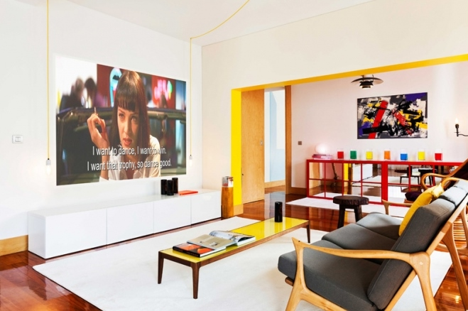 7 lisbon story apartment, colorful and white interior, interior design, projektowanie wnetrz, kolorowe mieszkanie, Francisco Plácido
