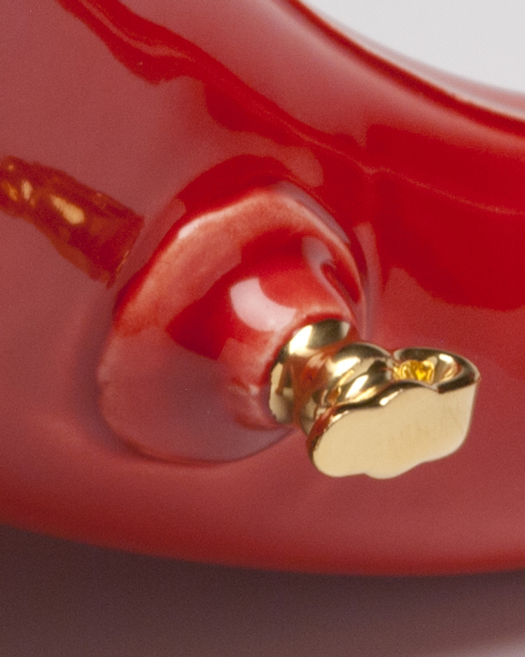 13_brett_kern_inflatable_ceramic_toys_ceramiczne_zabawki_american_design_amerykanskie_wzronictwo